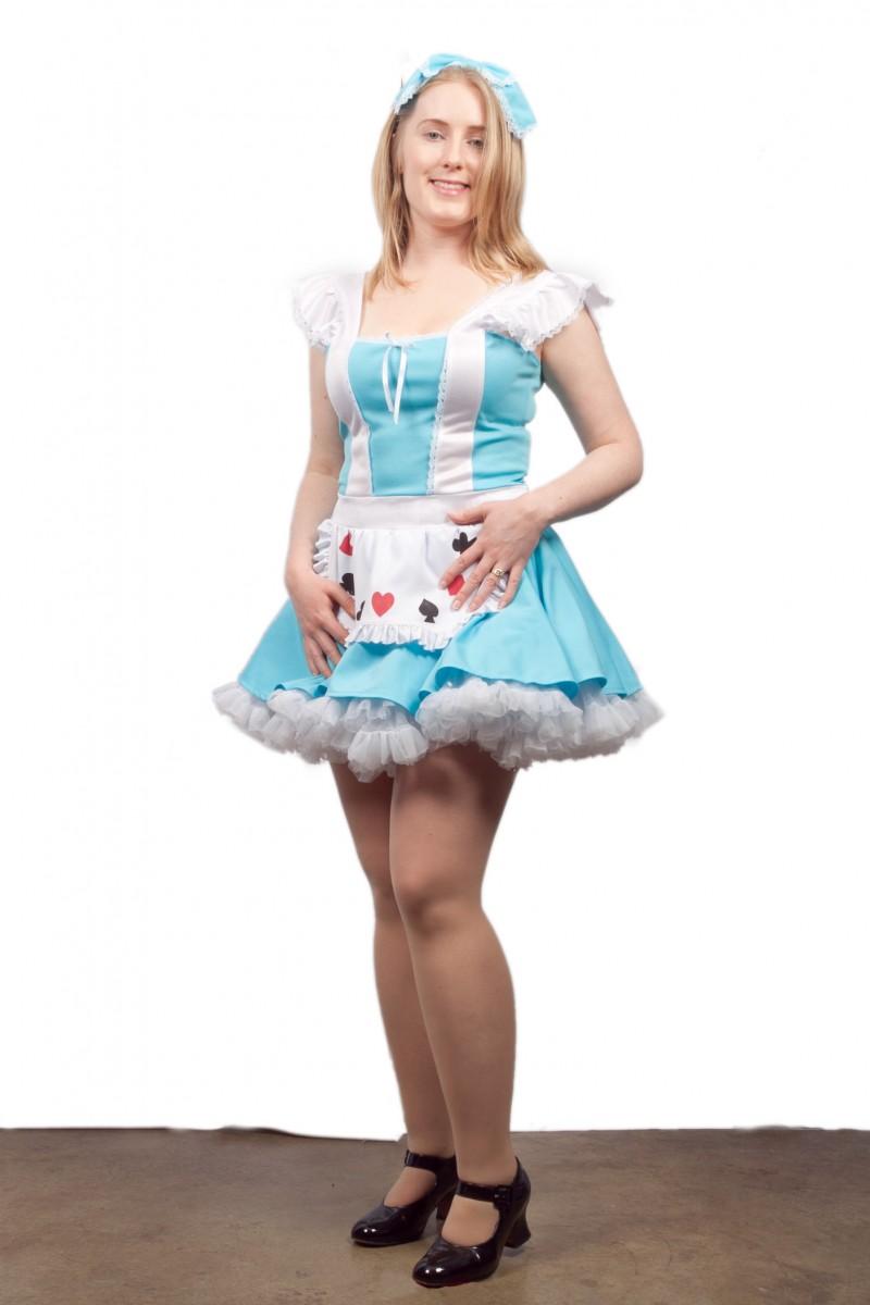 White apron alice in wonderland - Alice