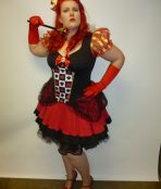 Alice in wonderland red queen