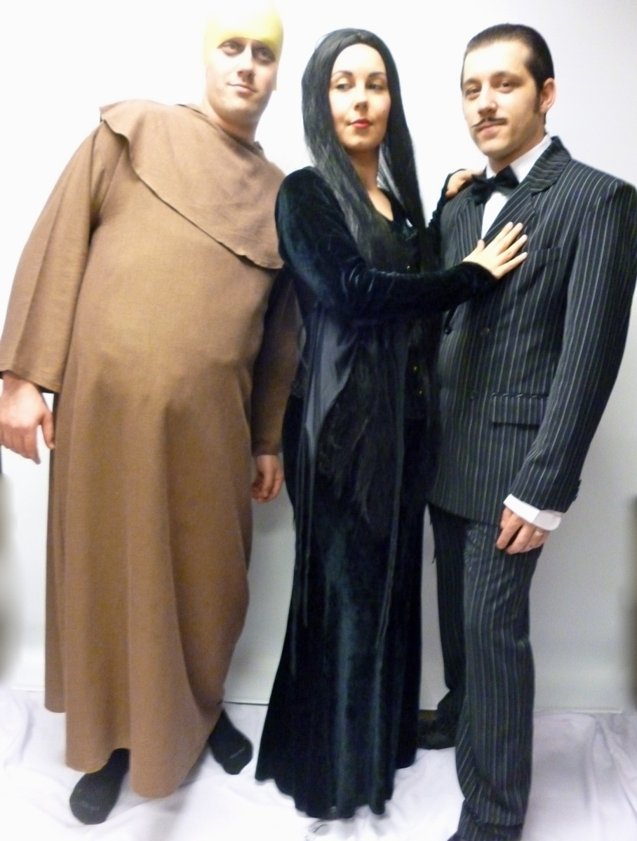 the addams family costumes -creative costumes