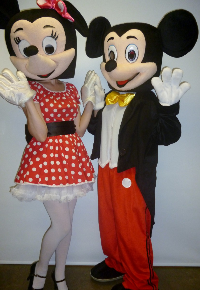 mickey minnie mouse costumescreative costumes. Black Bedroom Furniture Sets. Home Design Ideas