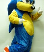sonic the hedgehog mascot