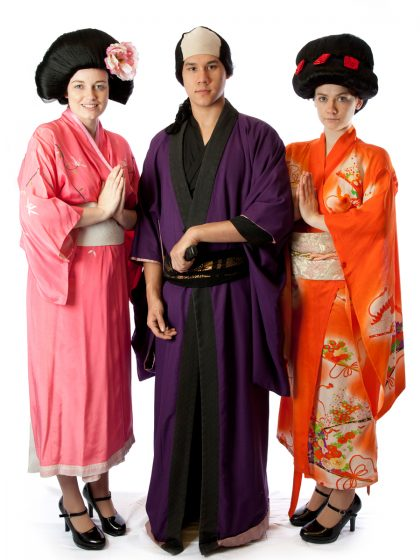 Geisha group costume