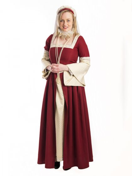 Queen Elizabeth Historical Dress