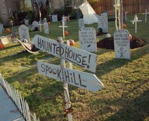 Halloween graveyard theme