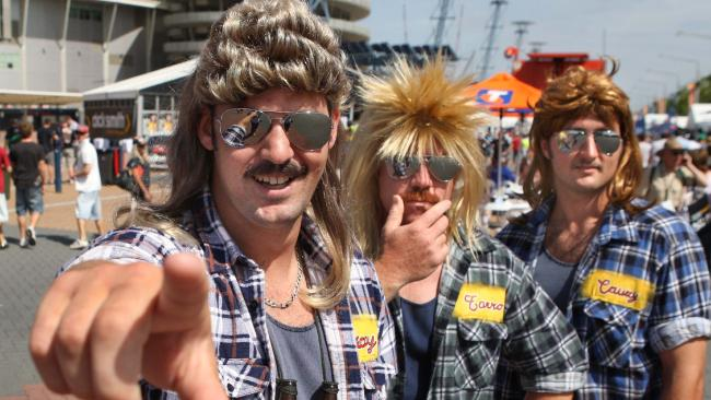 Aussie bogan mullet  sc 1 st  Creative Costumes & How to Host Your Own Bogan Bingo Night -Creative Costumes
