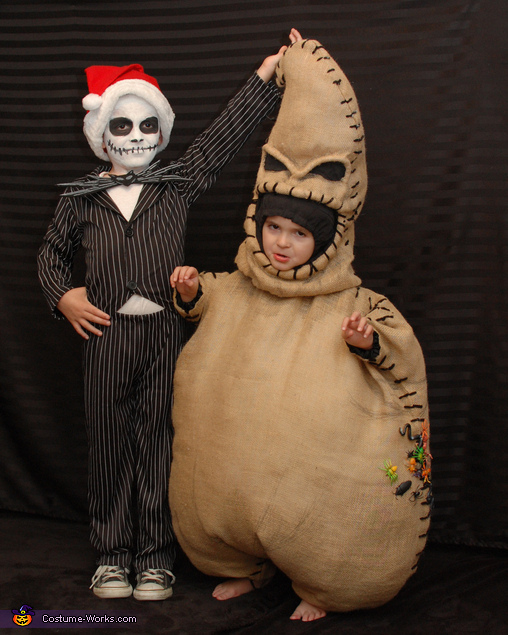 jack and oogie boogie costumes  sc 1 st  Creative Costumes & Best Costumes to Dress Your Kids in this Christmas -Creative Costumes