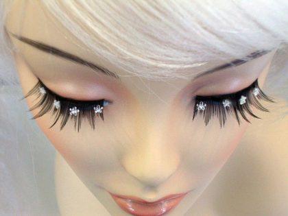 Eyelash - Black With Crystal Daisies