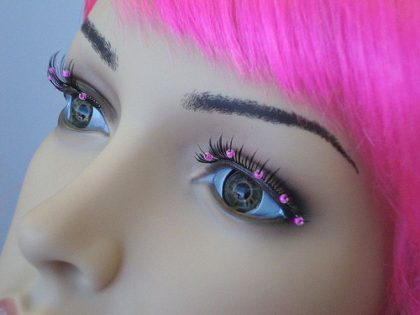 Eyelash - Black With Pink Beads