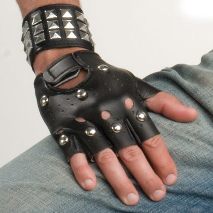 Gloves Studded Black