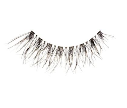 Black wispy eyelashes